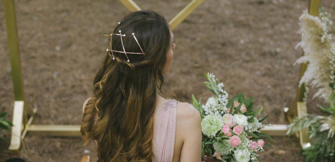 Detalle de tocado para novia